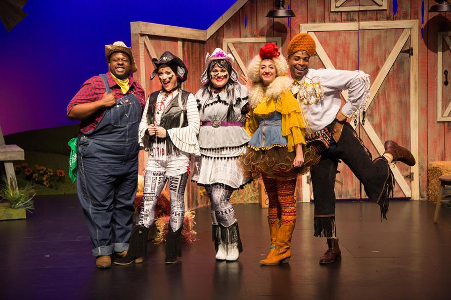 Main Street Theater - Click Clack Moo Cast