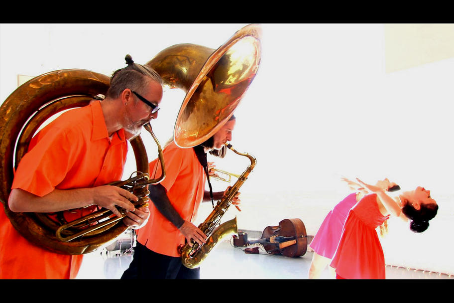 Michele Brangwen Dance Ensemble - Groove Fish