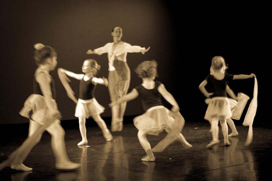 Hunter Dance Center - Hunter Dance Center Recital 2016 - Title
