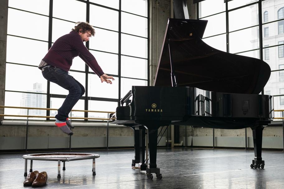 Aperio - Gabriel Kahane in Concert